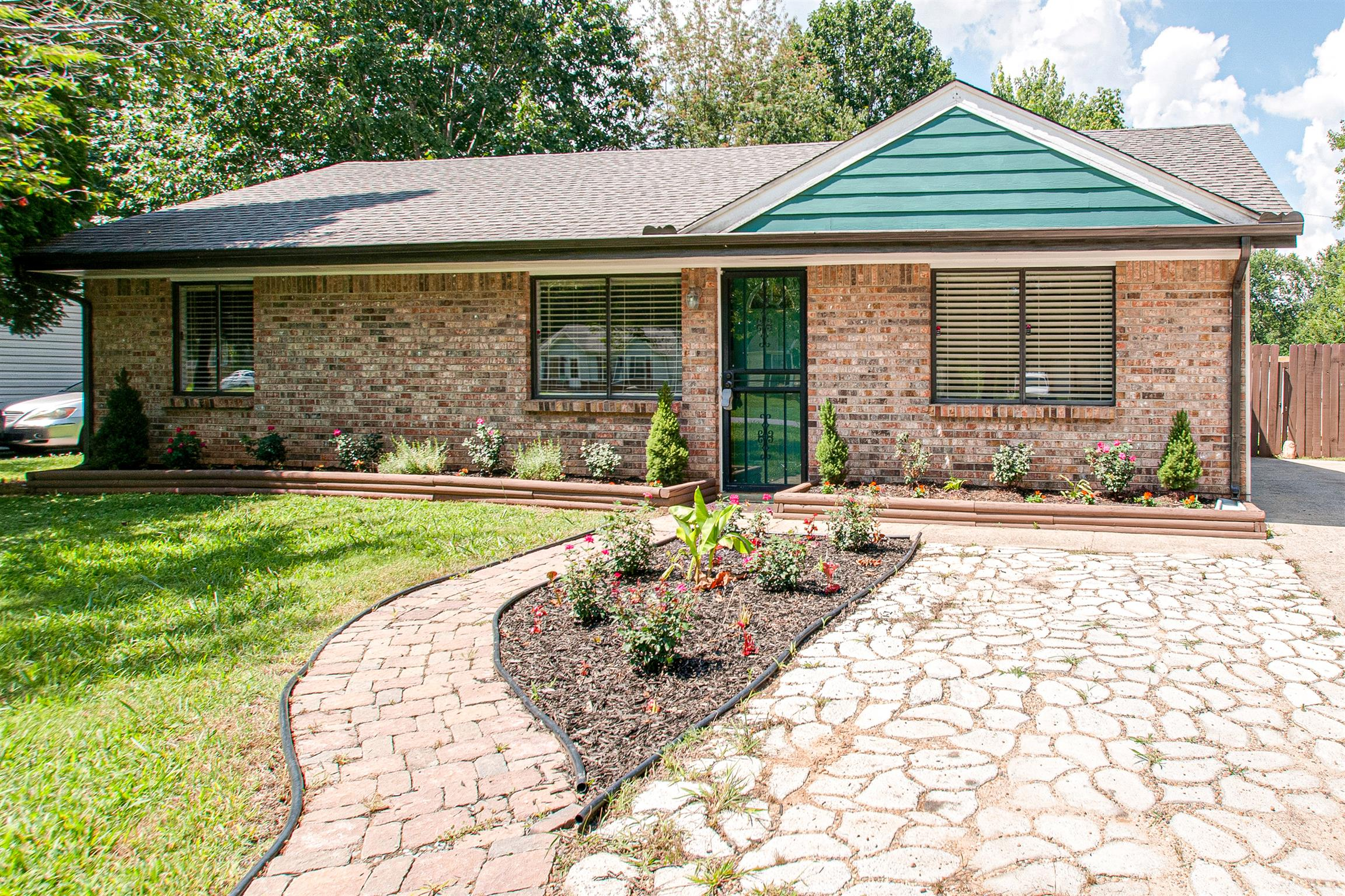 102 East St Clarksville Tn 37042 Home For Sale